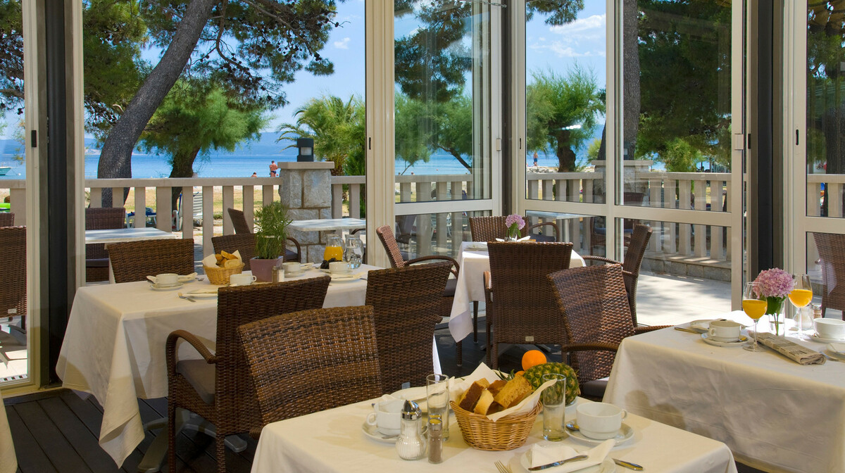 Omiš, Hotel Plaža, restoran