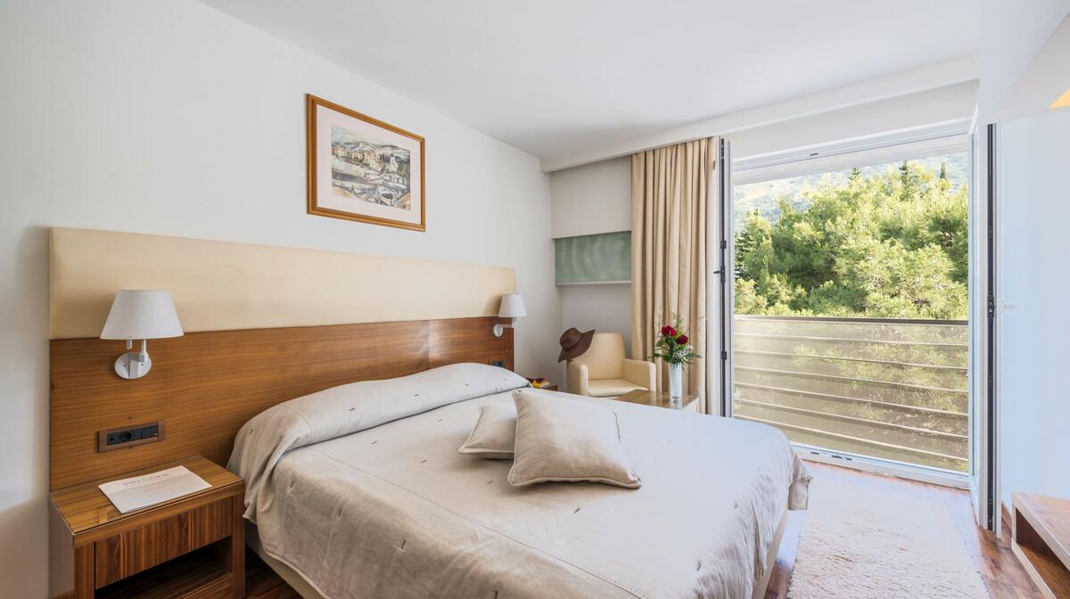 Otok Brač, Bol, Bluesun hotel Elaphusa, Standard soba