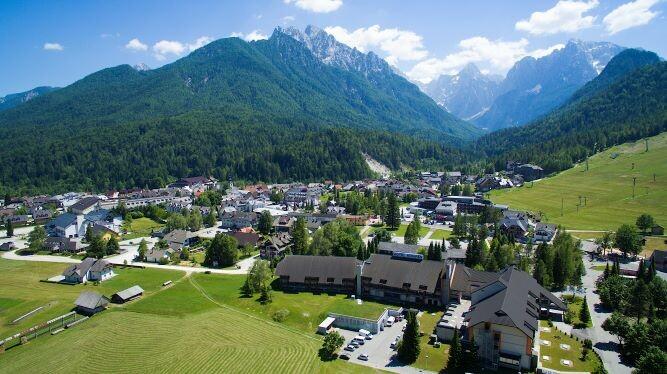 Slovenija, skijanje i wellnes Kranjska Gora, panorama