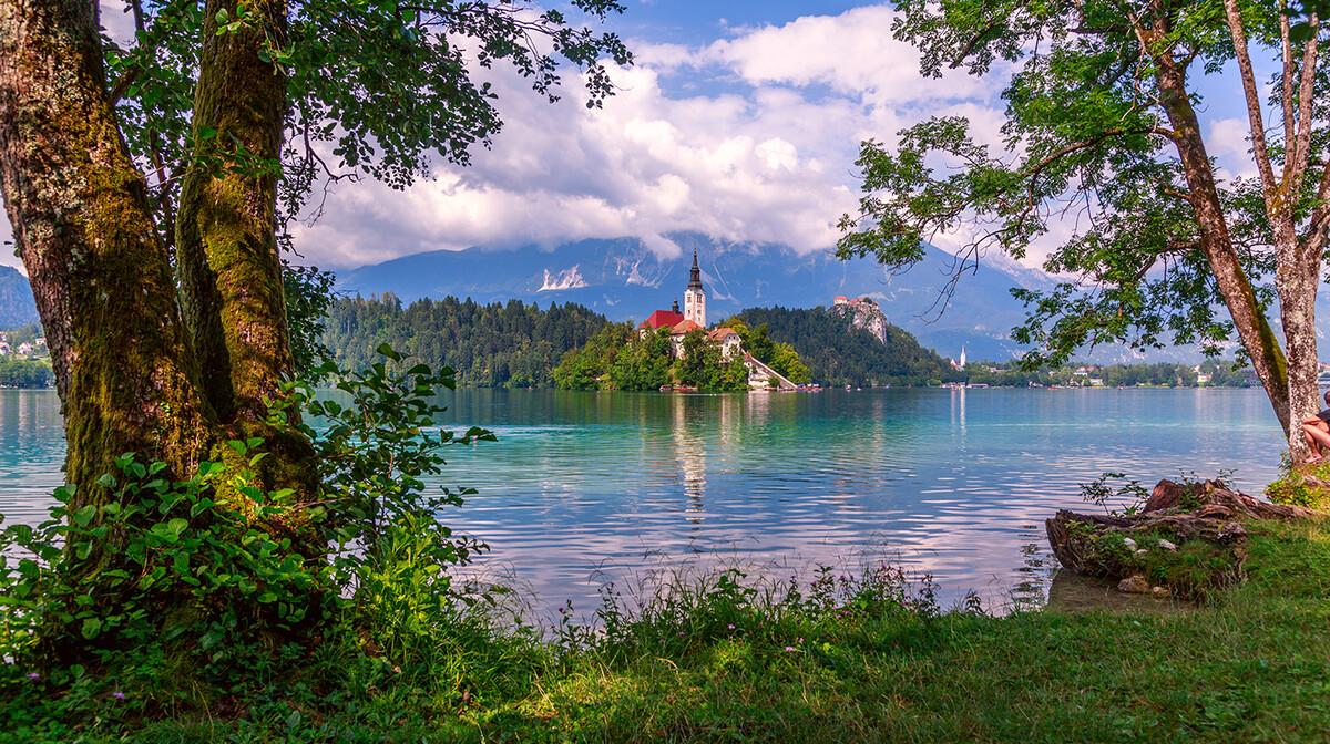 Bled jezero ljeti