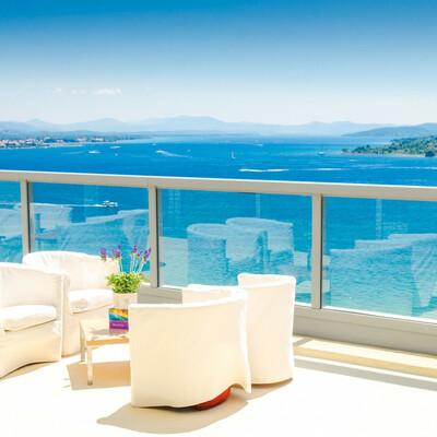 Hotel Punta, Vodice, pogleda sa terase na otoke