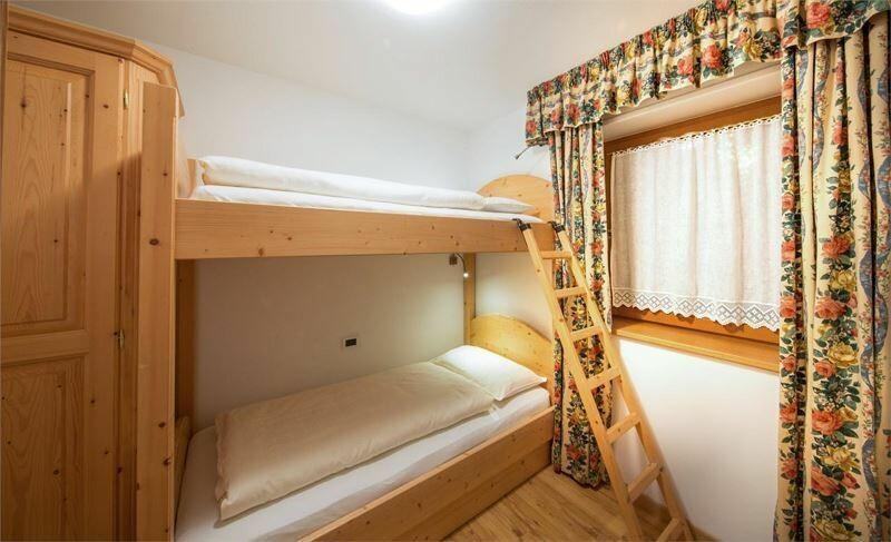 Skijanje u Italiji, Alta Badia, Colfosco, Residence Elisa, primjer kreveta na kat