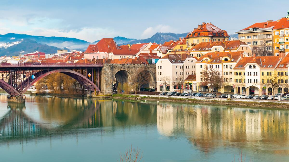 Maribor stari grad na Dravi, kolekcija putovanja Upoznajmo Sloveniju, mondo travel