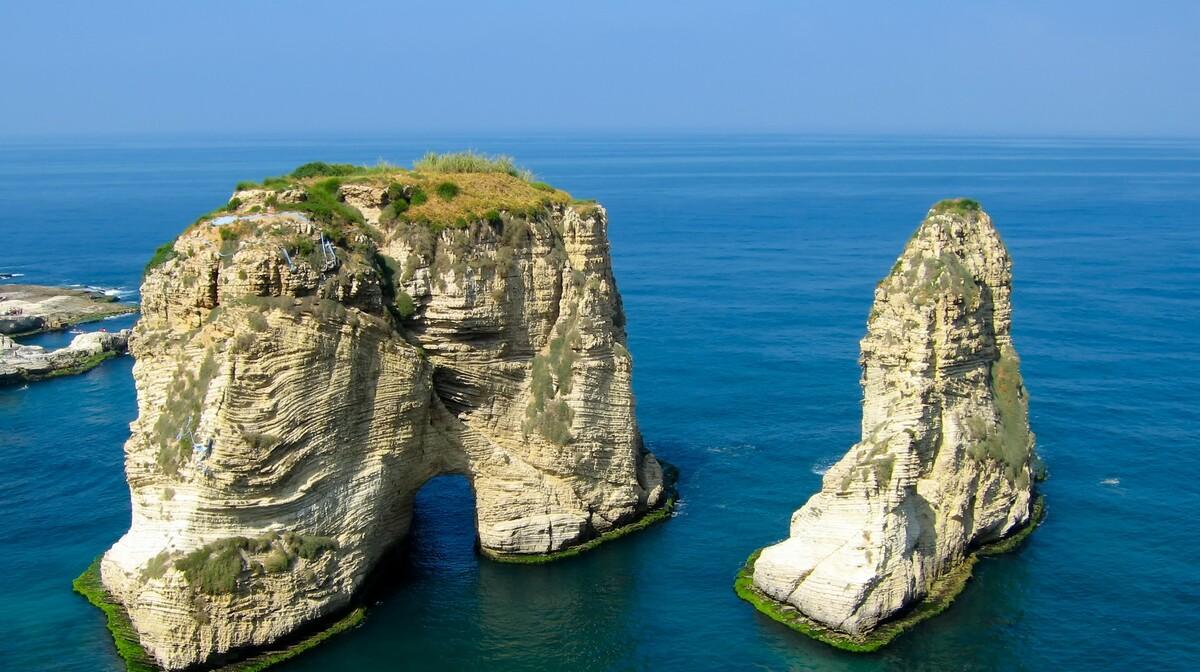 Pigeon rocks, putovanje u Libanon, grupni polasci, daleka putovanja