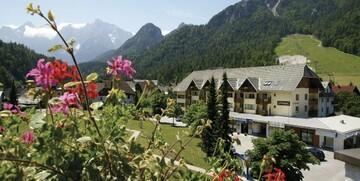 Slovenija, Kranjska Gora, apartmani Vitranc, pogled na planine u ljeto