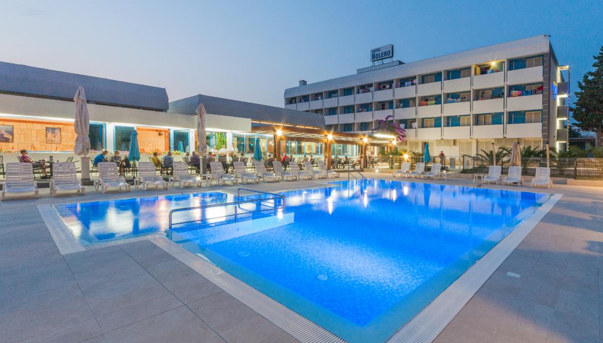 Hotel_Bolero,_vanjski_bazen