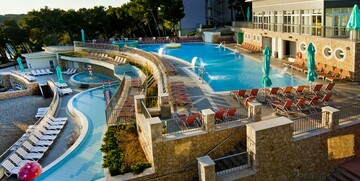Vanjski bazeni u hotelu Vespera.