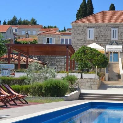 Otok Korčula, Lumbarda, bazen