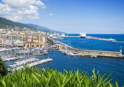 Bastia, najveća francuska luka po broju putnika, putovanje Korzika i Sardinija autobusom, garantiran