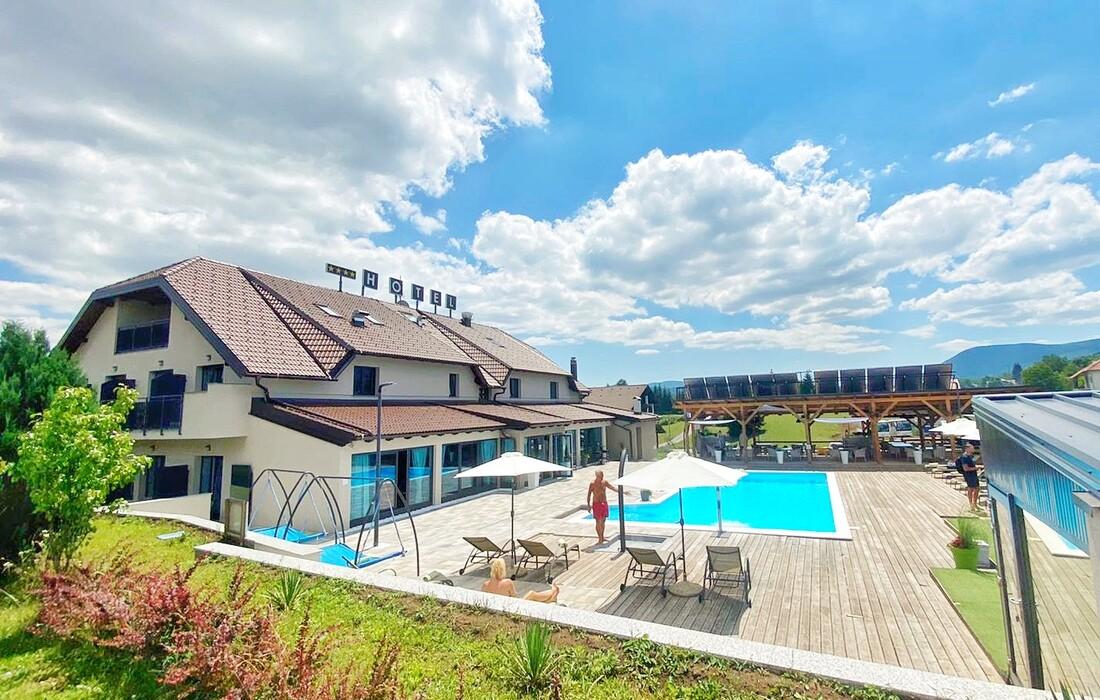 Plitvice, Hotel 16lakes, vanjski bazen