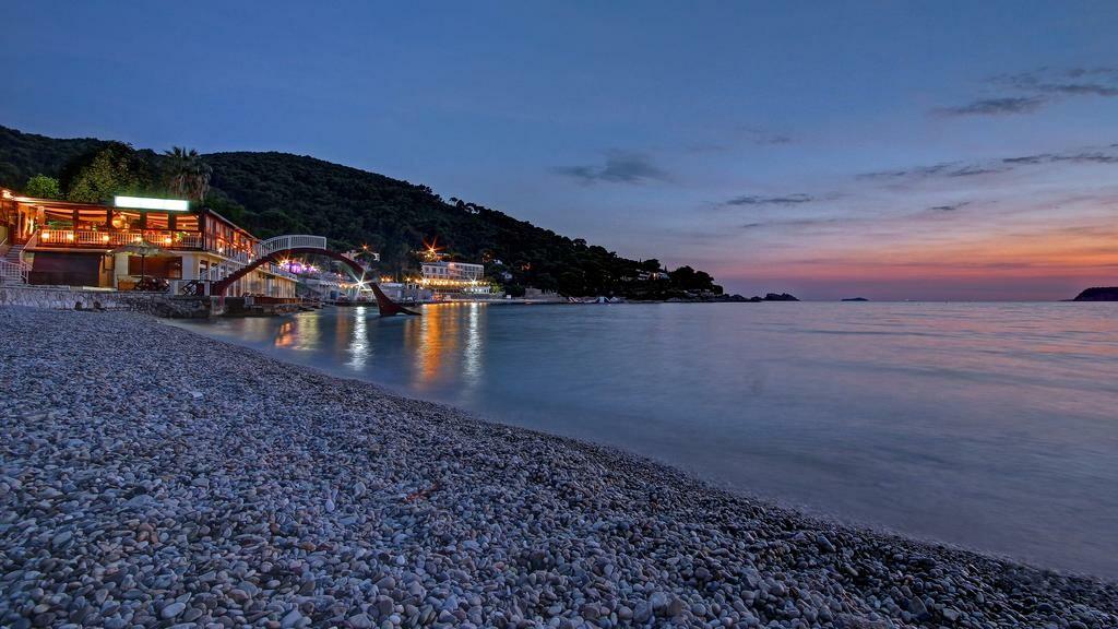 Dubrovnik, Hotel Adriatic