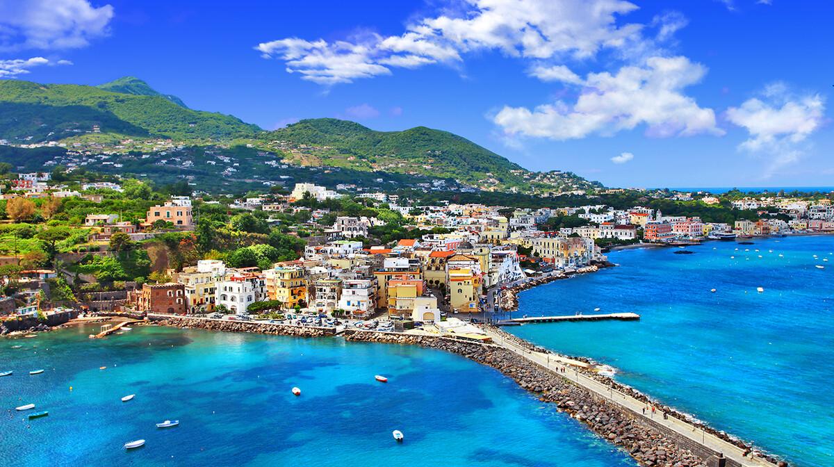 Otok Ischia, putovanje na čarobni jug Italije autobusom, posebnim zrakoplovom, mondo travel