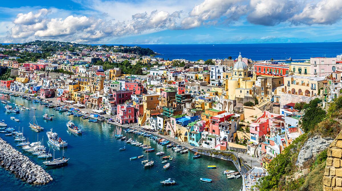Šarene kuće na Procidi, putovanje na jug Italije, garantirani polazak