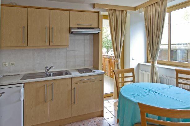 Slovenija, skijanje Slovenija, Kranjska Gora, Apartman Vitranc, kuhinja u apartmanu