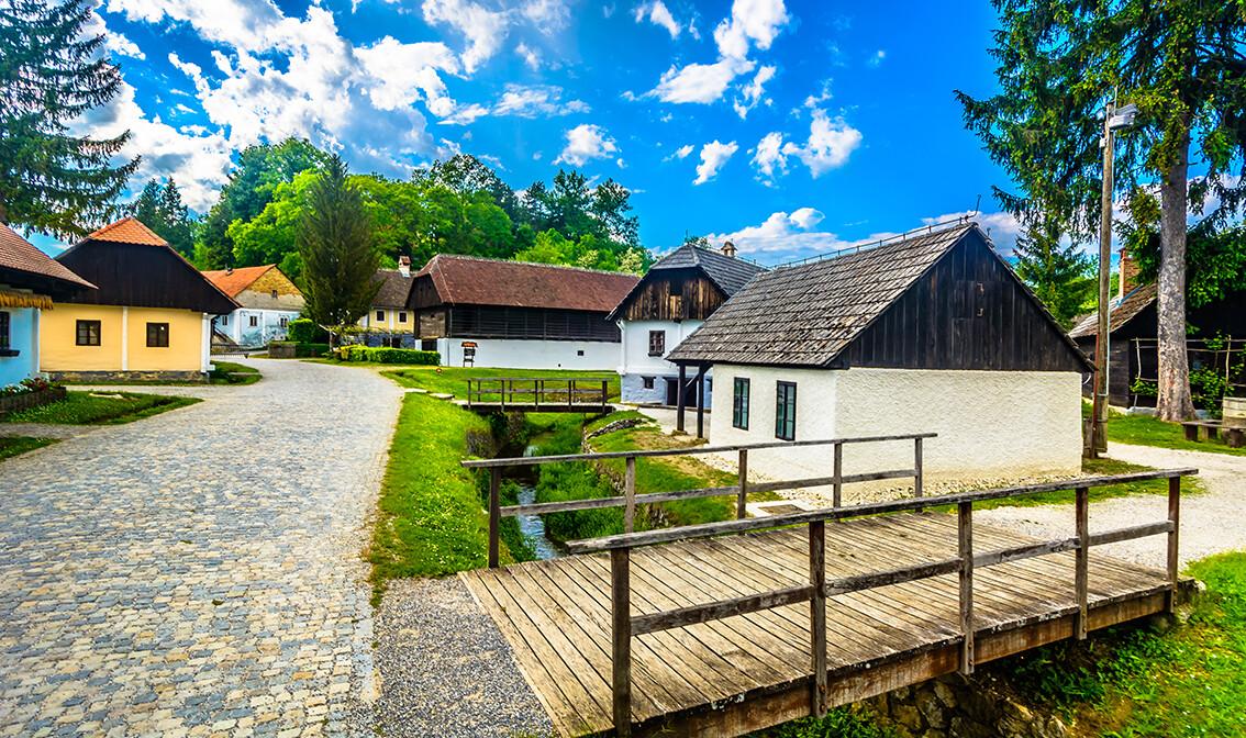 Hrvatska, Zagorje, slikoviti selo Zagorskog kraja ,grupna putovanja autobusom po Hrvatskoj,