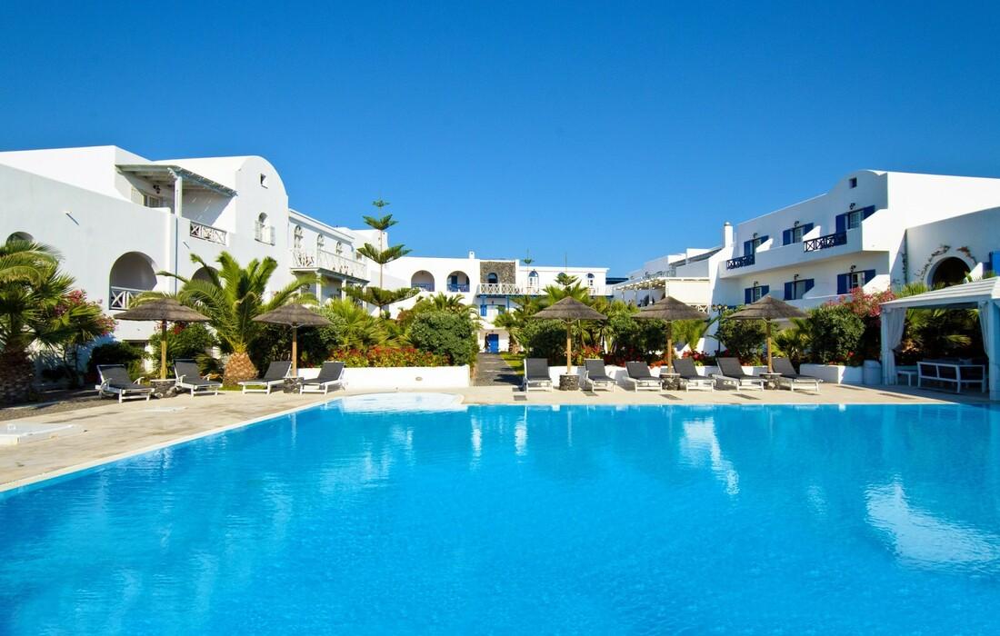Santorini, Kamari, Mediterranean White Resort