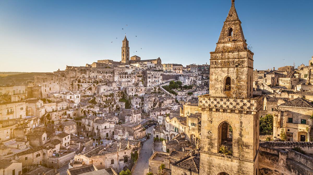 MAtera u Basilicati, Putovanje Apulija i Basilicata autobusom, mondo travel