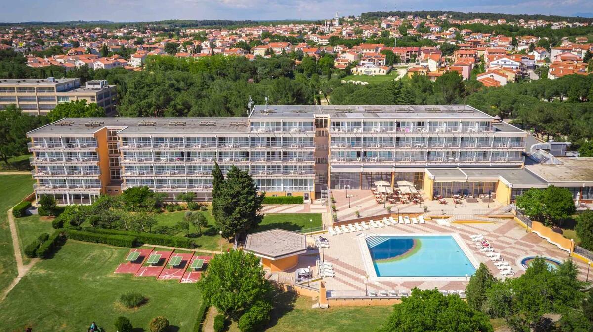 Medulin, Arena Hotel Holiday