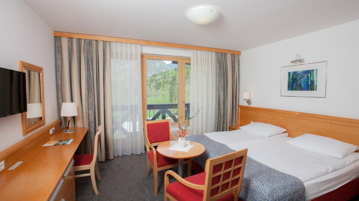Skijanje i wellness u Sloveniji, Bohinj Hotel Jezero, soba superior
