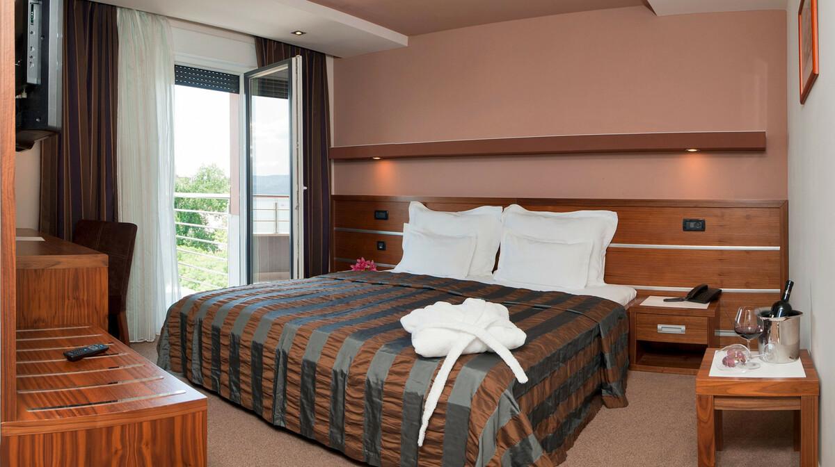 Omiš, Hotel Plaža, soba