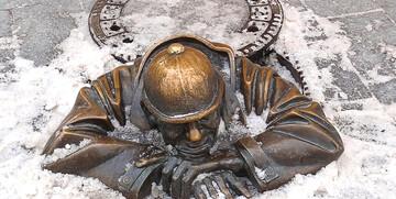 Čumil u Bratislavi, razgled starog grada, putovanje u Bratislavu, garantirani polazak