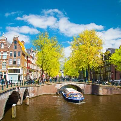 Vožnja brodom po amsterdamskim kanalima, putovanje u Amsterdam