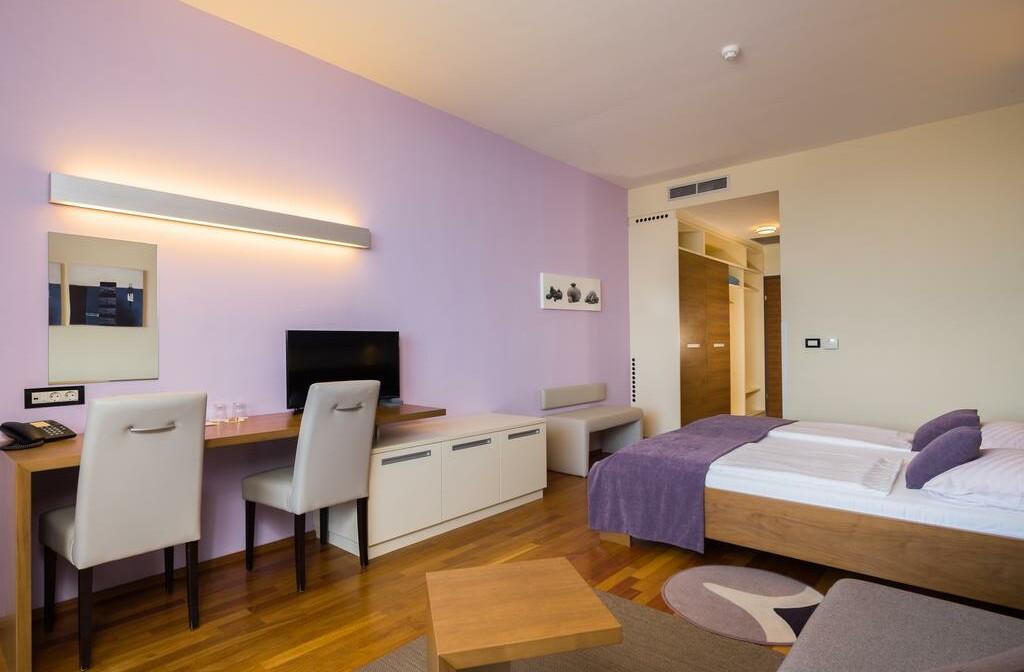 Otok Brač, Bol, Bretanide Sport & Wellness Resort, dvokrevetna soba