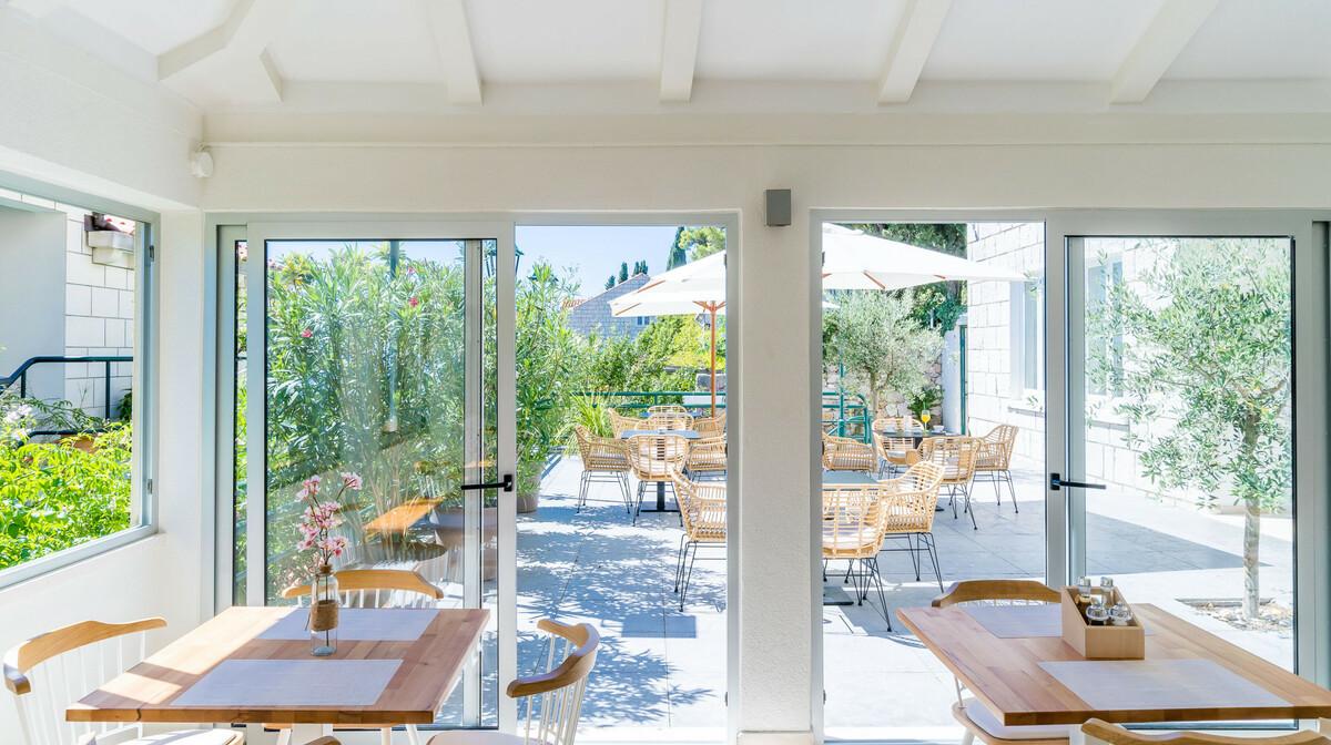 Dubrovnik, Hotel Art, restoran i terasa