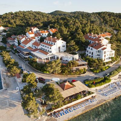 Ljetovanje u Hrvatskoj, Otok Mljet, hotel Odisej izgled hotela izvana