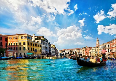 kanal s gondolama i mostom Rialto, autobusna putovanja, Mondo travel, europska putovanja