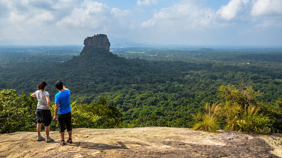 pogled na Sigiriyu, putovanja zrakoplovom, Mondo travel, daleka putovanja, garantirani polazak
