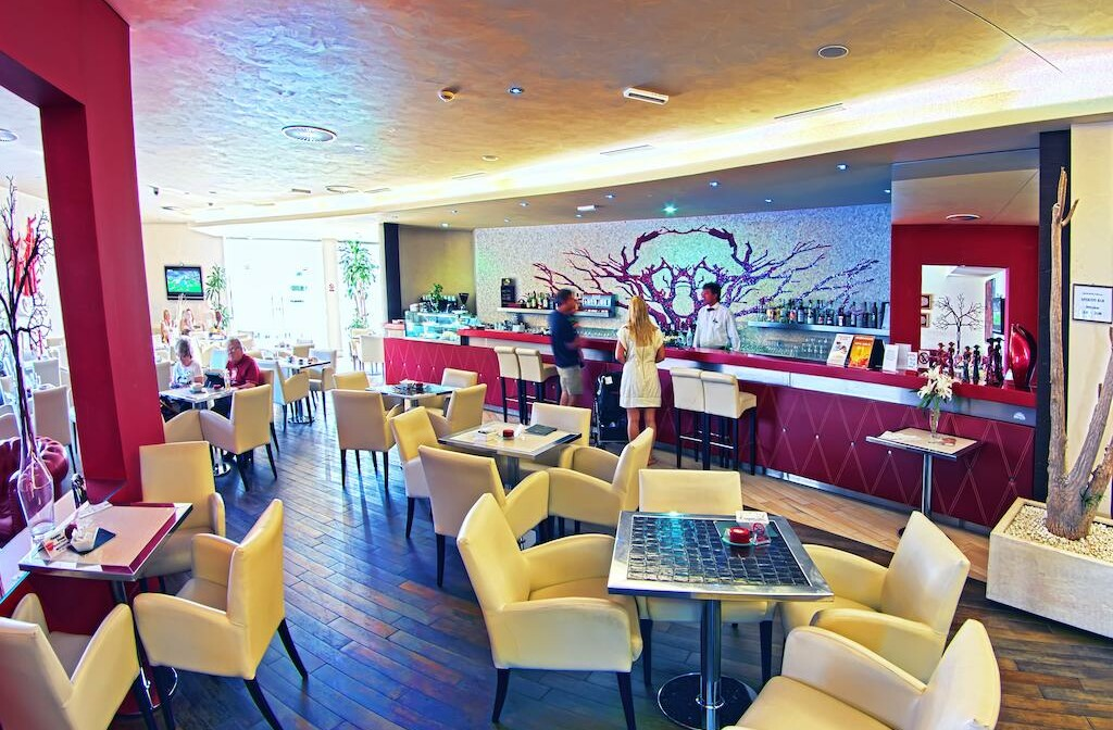 Dubrovnik, Grand Hotel Park, caffe bar